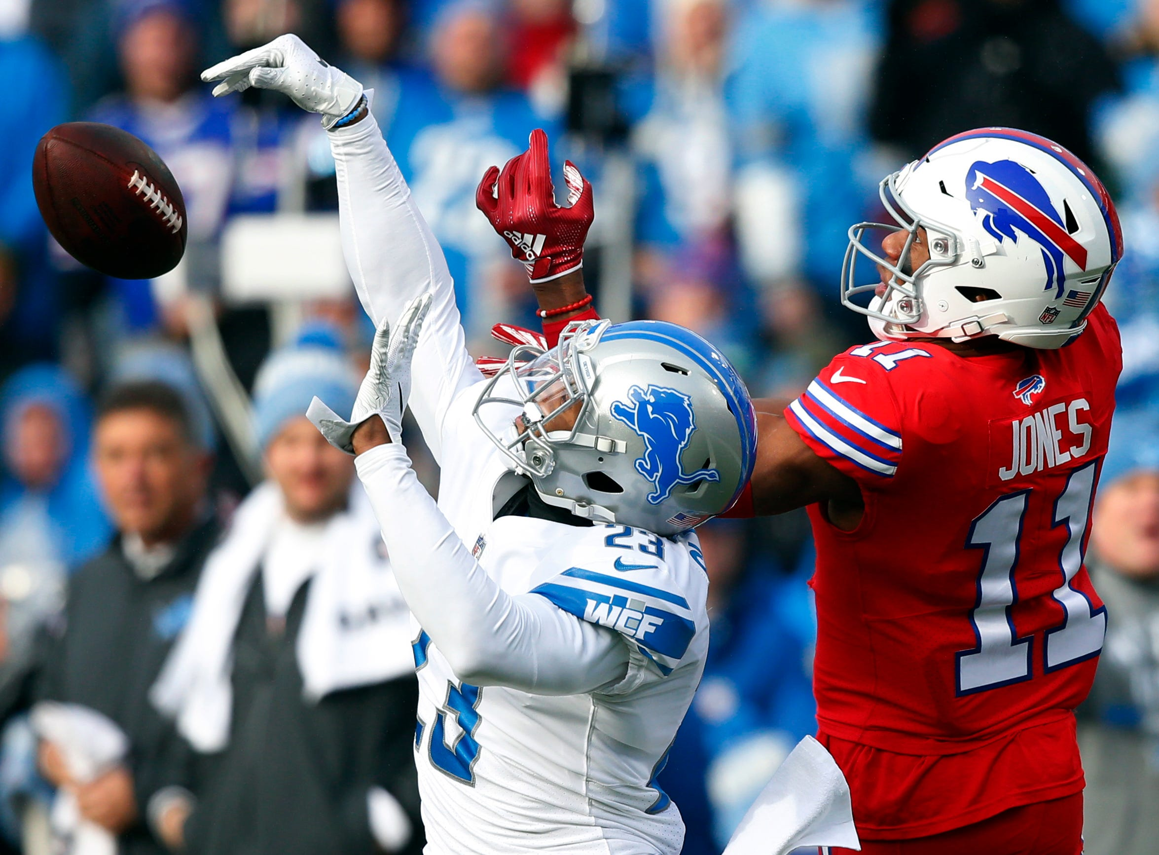 Detroit Lions cornerback Darius Slay (23) knocks the ball away from Buffalo Bills wide receiver Zay Jones (11) during the first half.