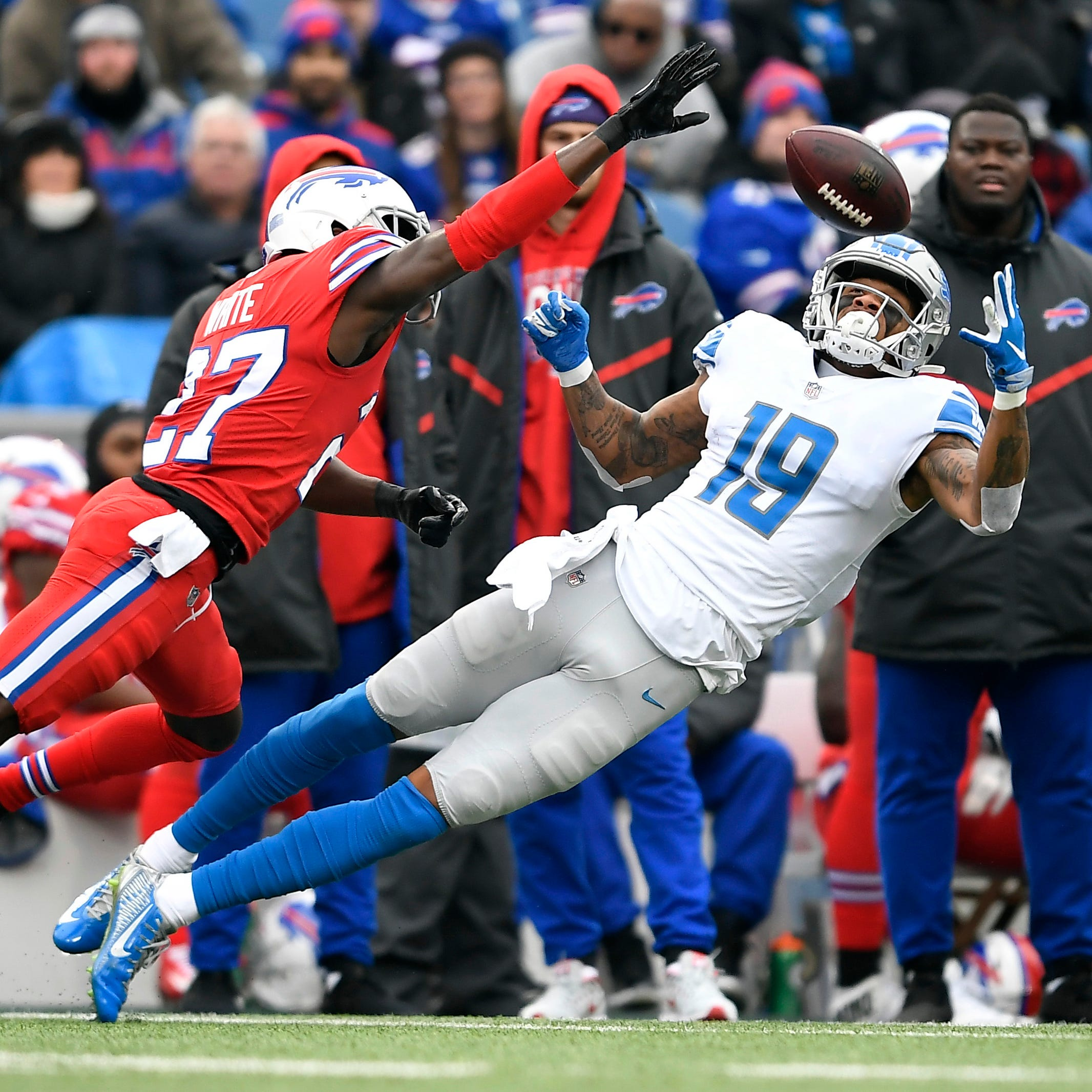 Lions boot shot at victory, eliminated from playoff contention