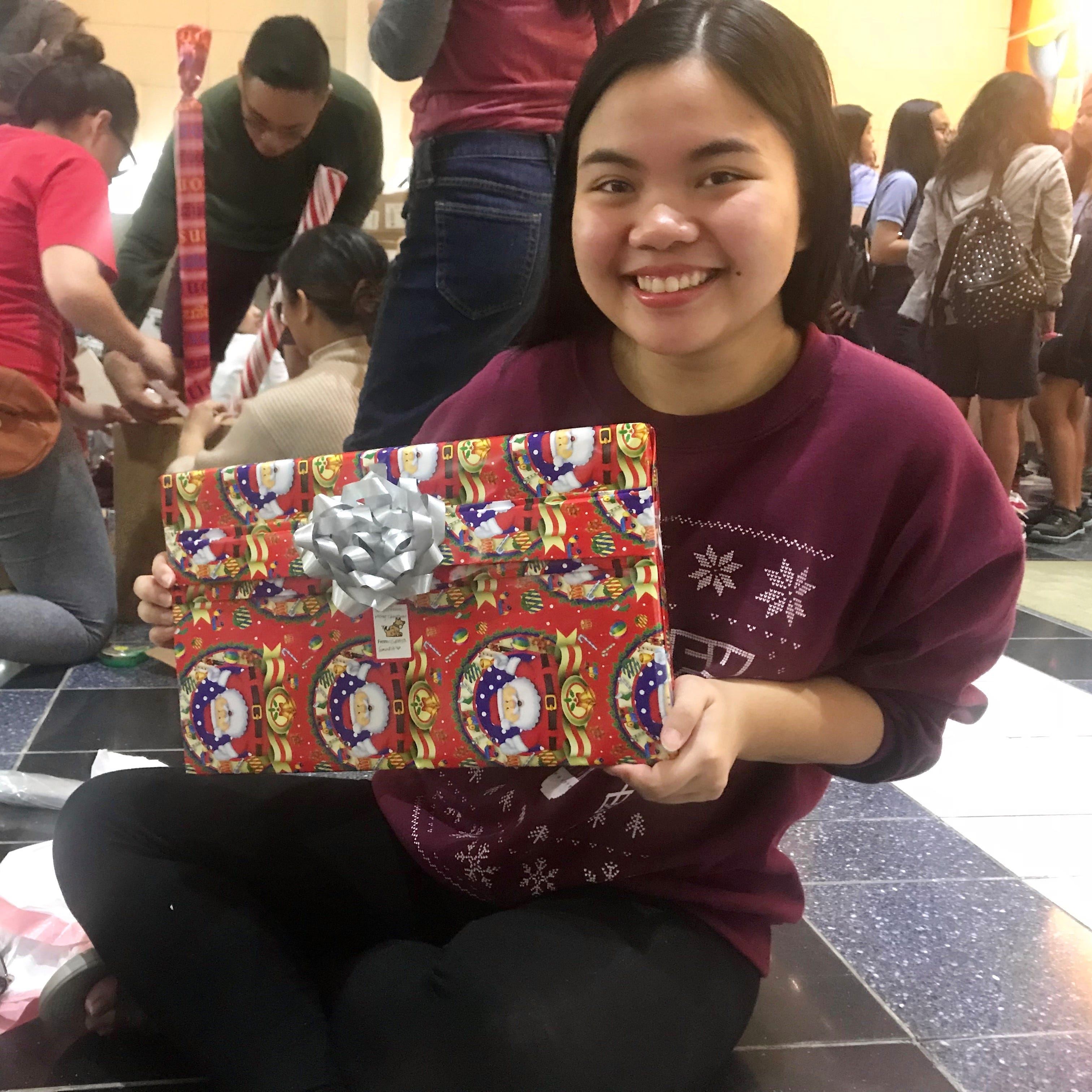More than 800 gifts wrapped for those less fortunate