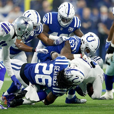 Colts lead the Cowboys 10-0 at halftime