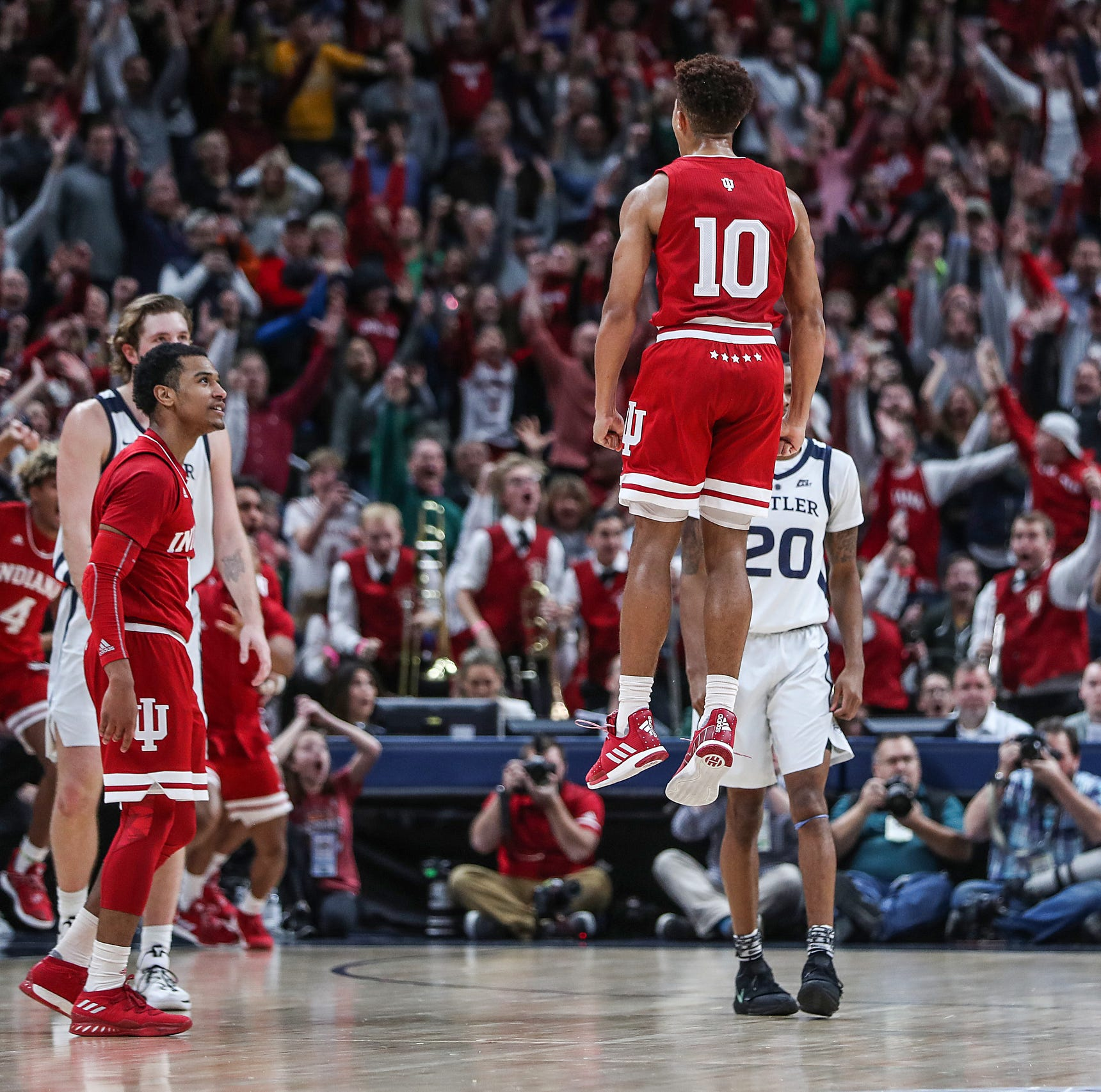 Twitter reacts to Rob Phinisee's buzzer-beater to help IU basketball beat Butler