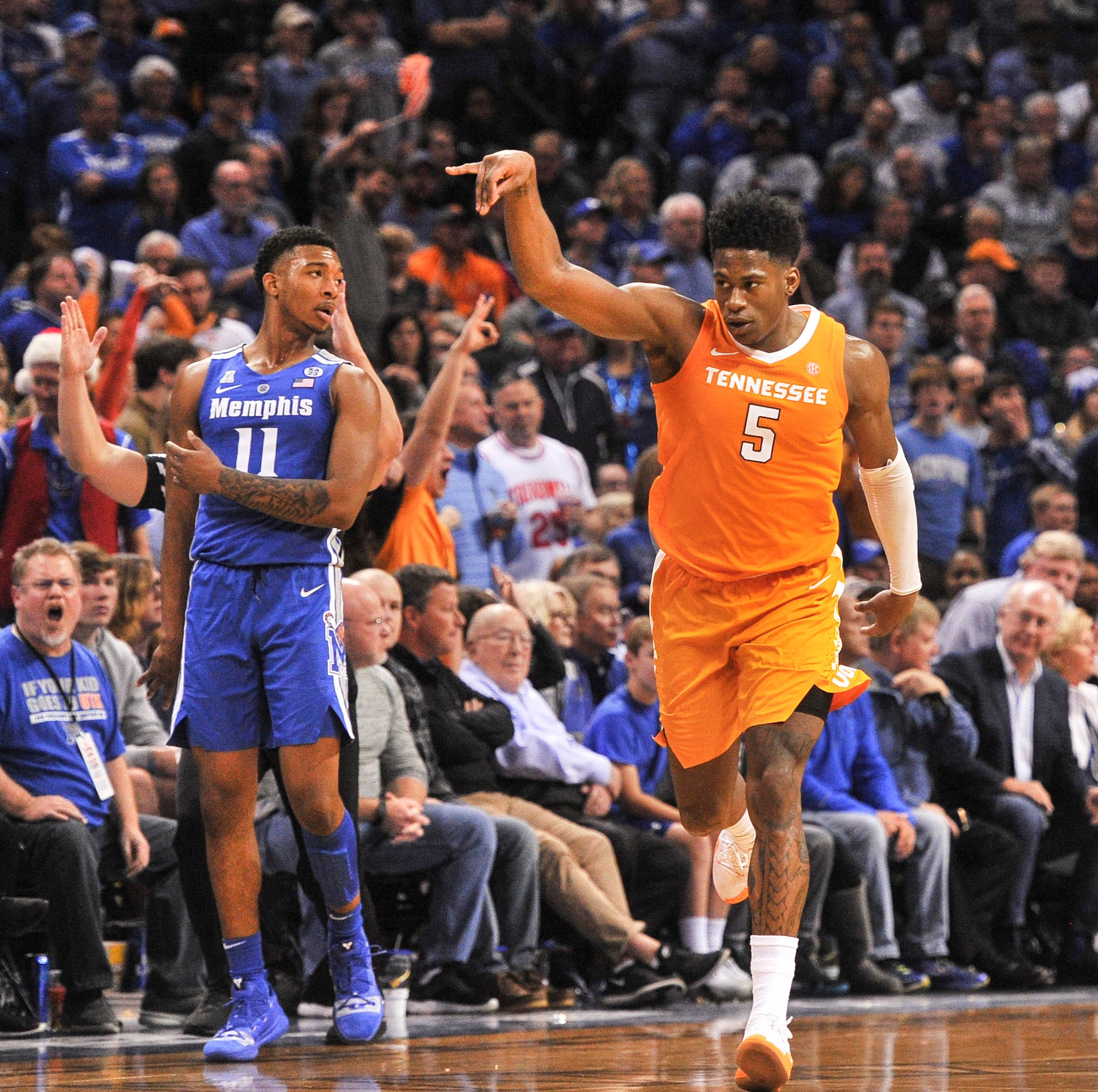 UT Vols basketball ranked No. 3 by AP, No. 4 by coaches