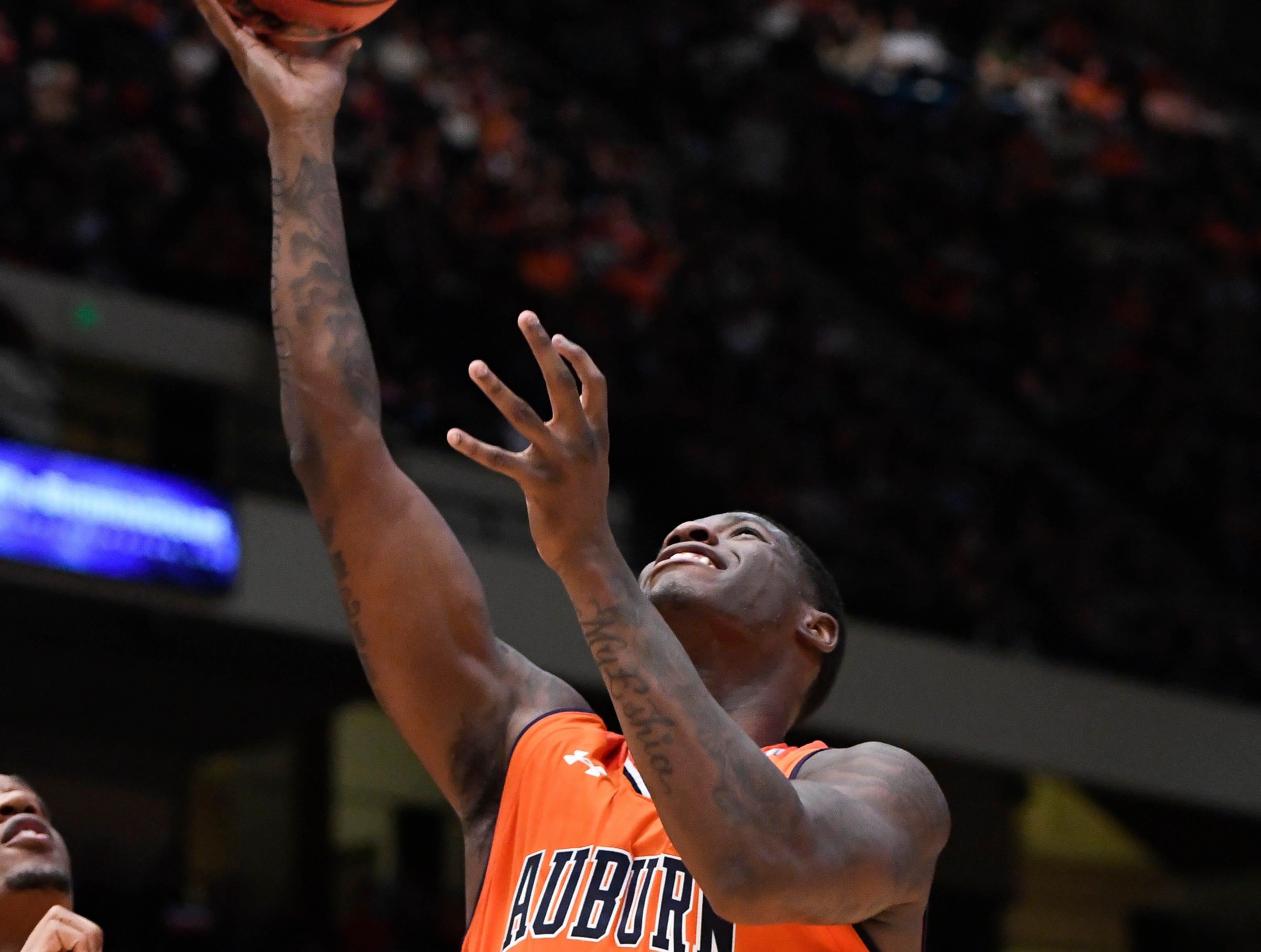 Auburn forward Danjel Purifoy (3) makes his first basket against UAB on Saturday, Dec. 15, 2018, in Birmingham, Ala.