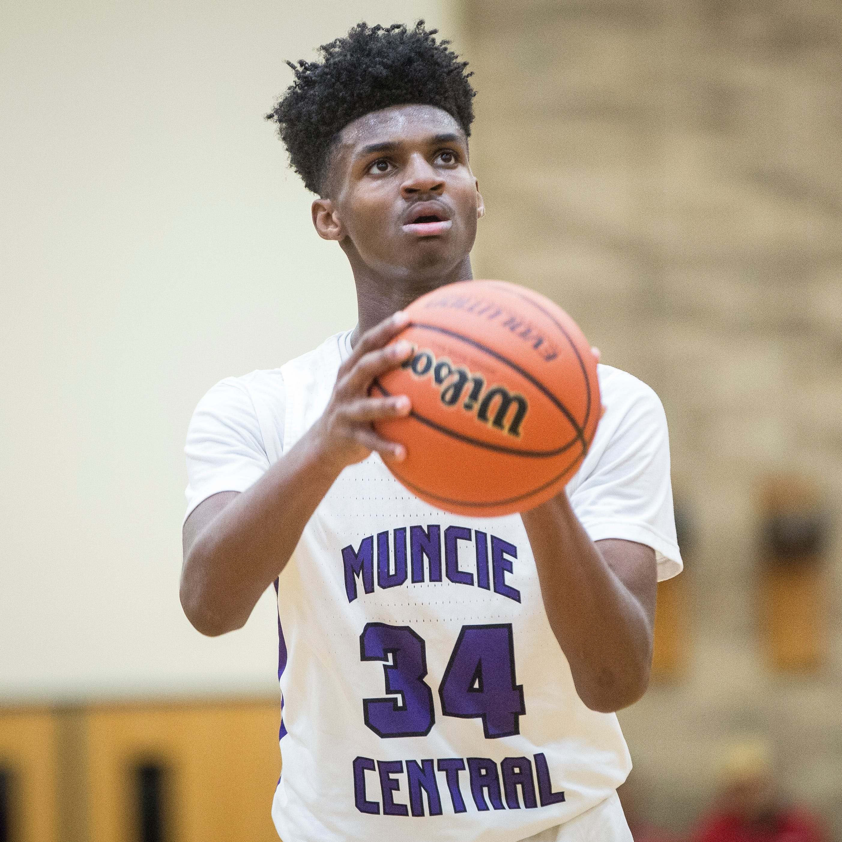 'Got to do what's best for me': Muncie Central's Reggie Bass could go prep school route