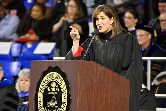 MTSU alumna Holly Thompson, a WSMV-Channel 4 news anchor, emphasizes one of her remarks Saturday, Dec. 15, during her address to graduating students at MTSU's fall 2018 afternoon commencement ceremony in Murphy Center.