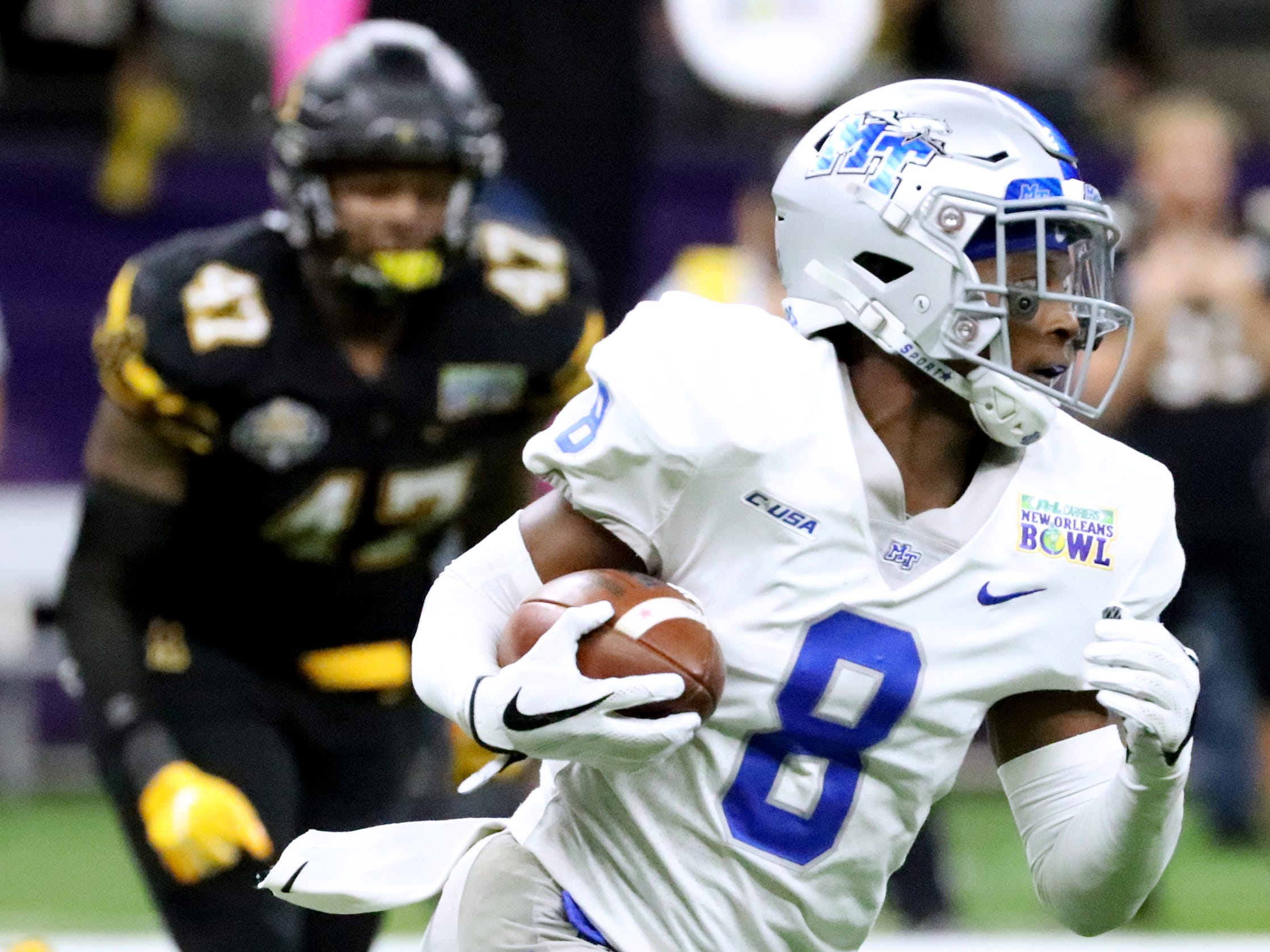 Middle Tennessee Blue Raiders wide receiver Ty Lee (8) runs the ball against Appalachian State Mountaineers on Saturday, Dec. 15, 2018, during the New Orleans Bowl.