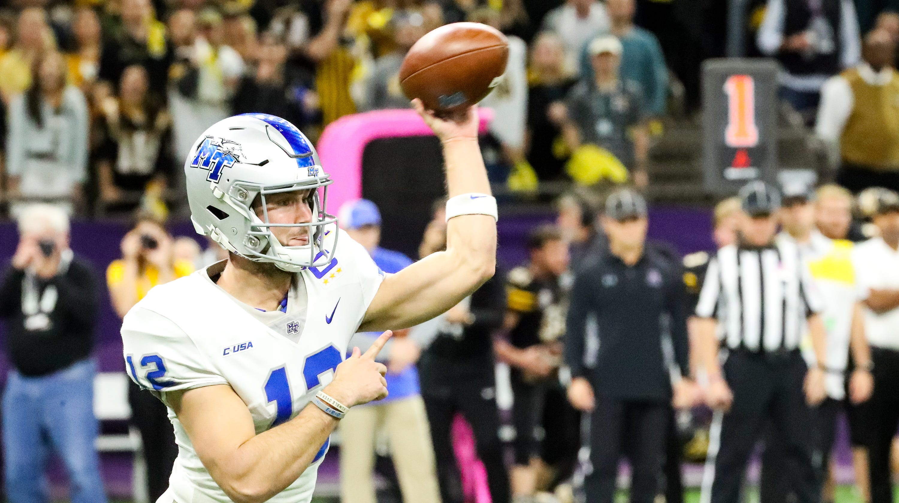 3218777d New Orleans Bowl: App State blows out MTSU 45-13