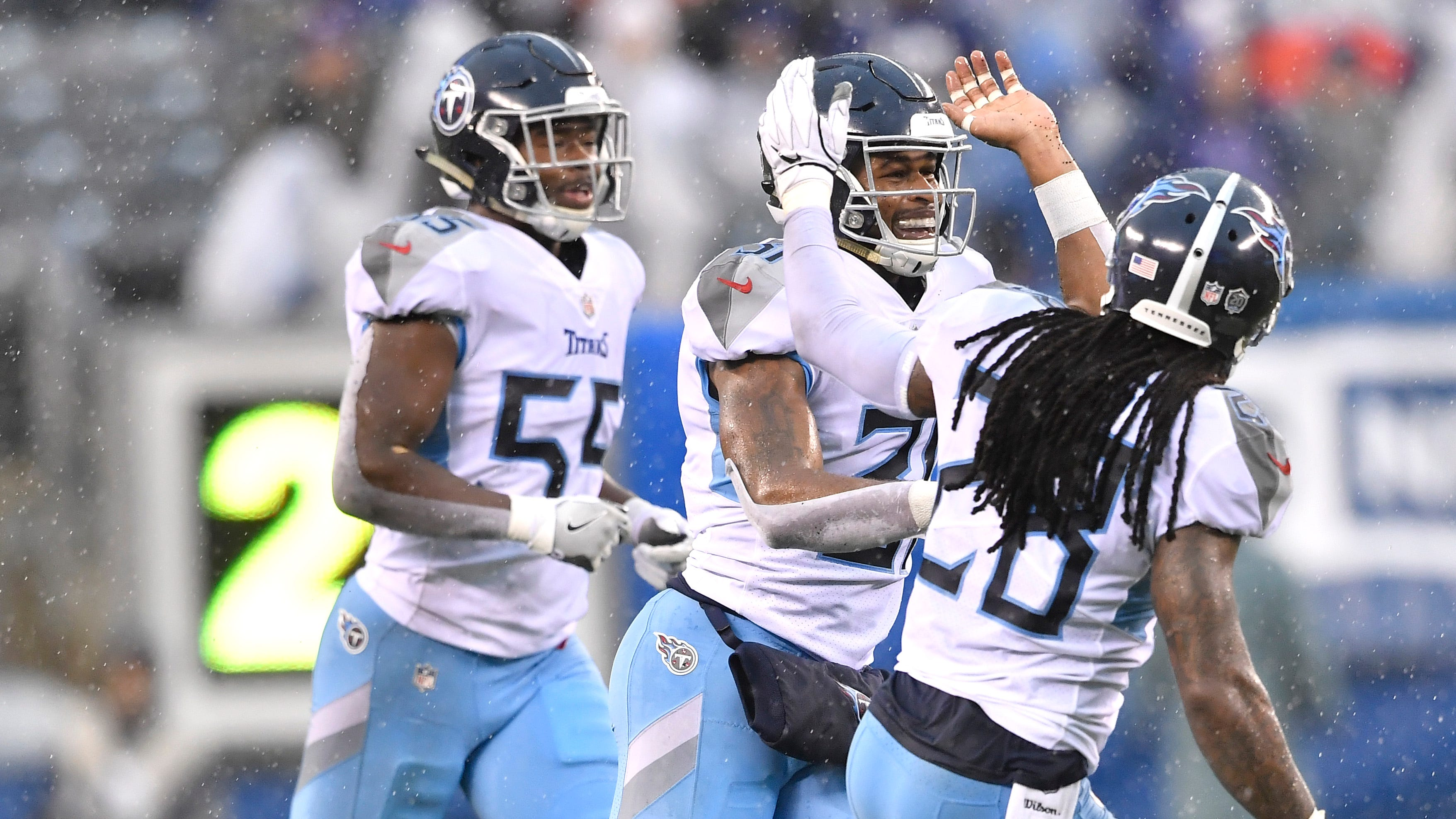 Titans safety Kevin Byard (31) is congratulated...