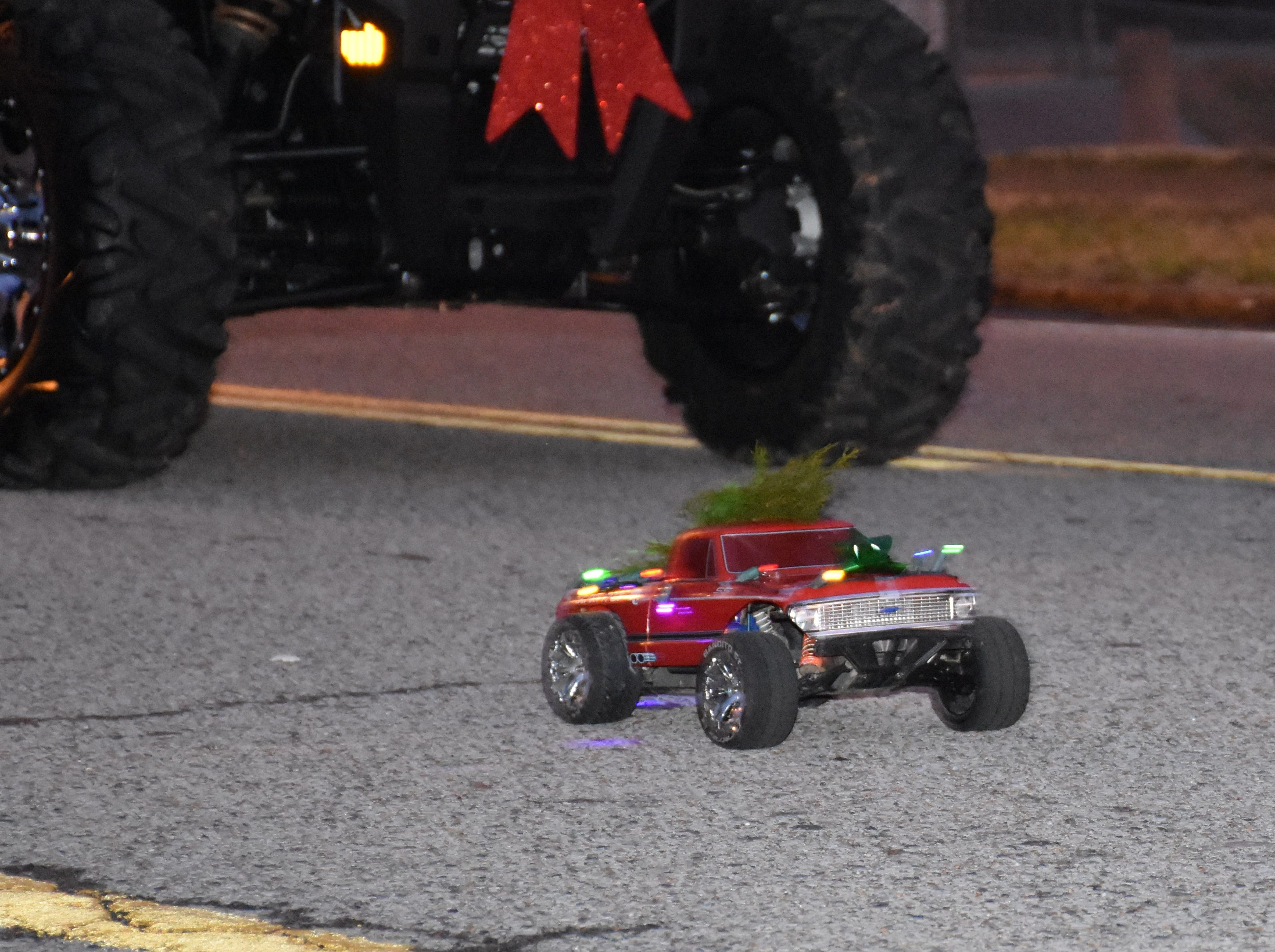 White Bluff Electric Light Christmas Parade.