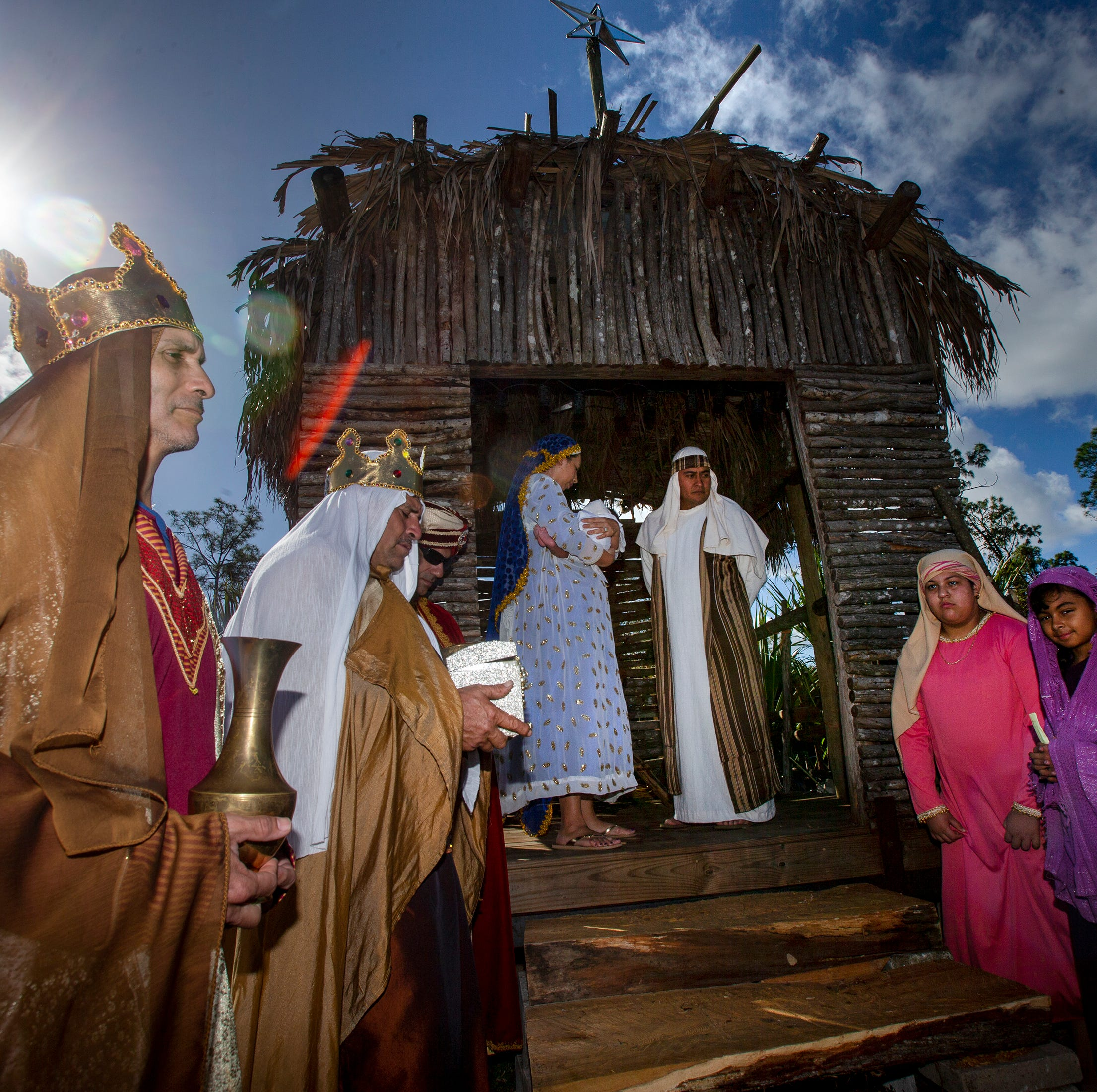 Live nativity in East Naples shares the story of Christmas