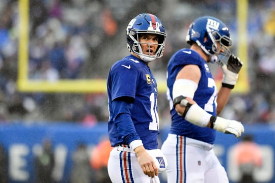 New York Giants quarterback Eli Manning (10) watches the replay after he was unable to convert on downs in the first half. The New York Giants face the Tennessee Titans in NFL Week 15 on Sunday, Dec. 16, 2018, in East Rutherford.