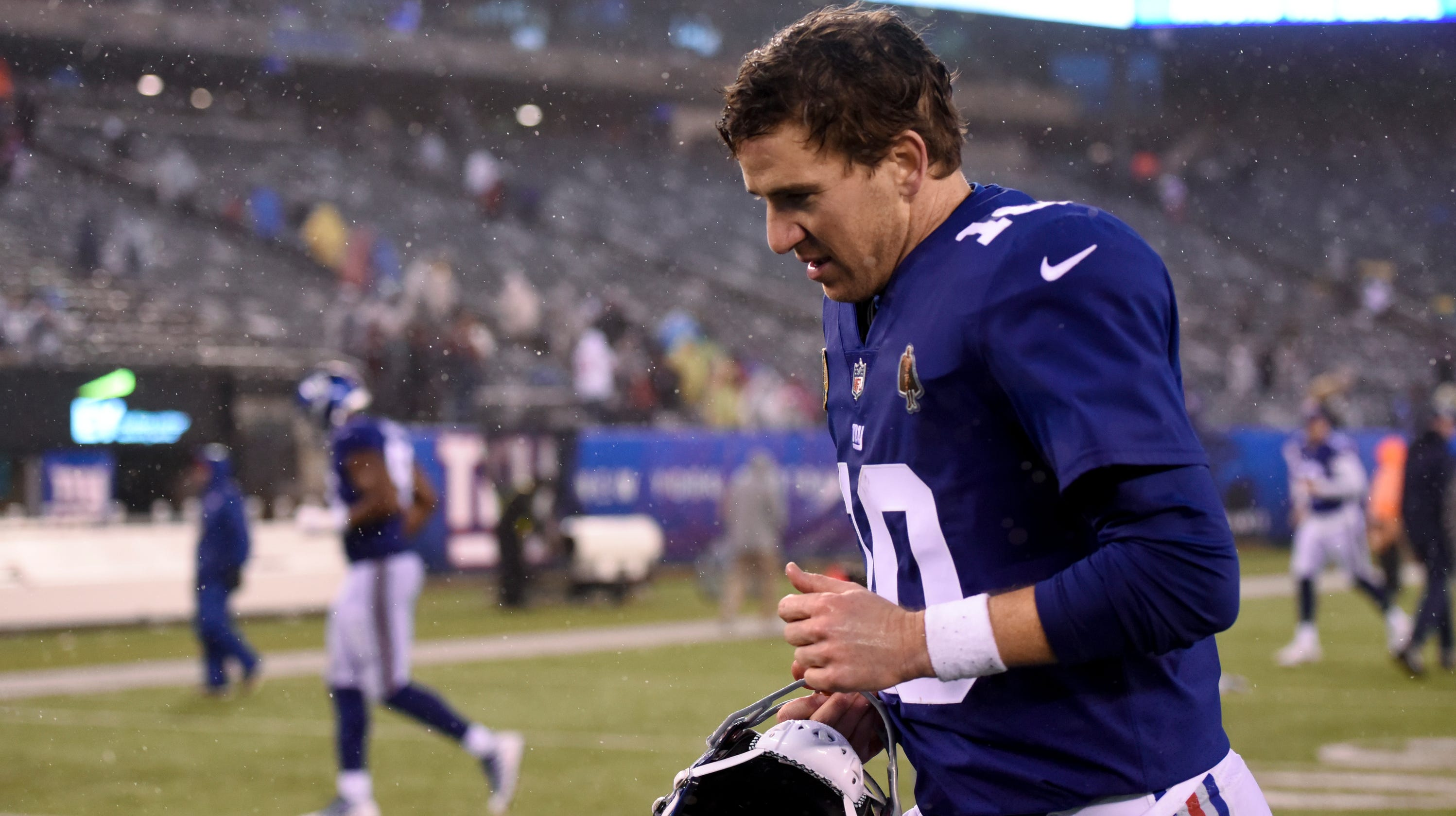 5ab5585fc Eli Manning s future in doubt again after NY Giants  shutout loss to  Tennessee Titans