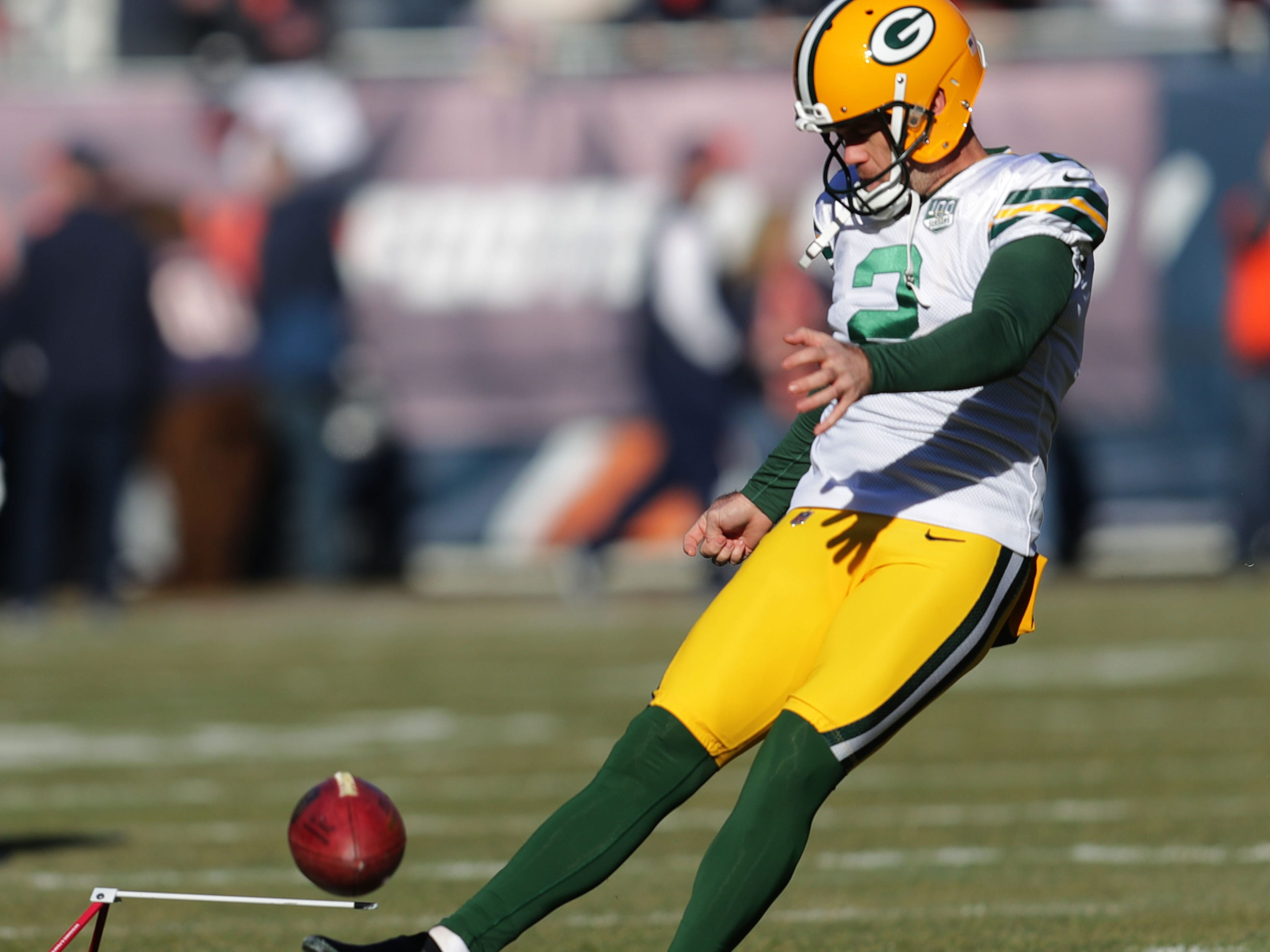 Green Bay Packers' Mason Crosby warms up before the Green Bay Packers game against the Chicago Bears at Soldier Field Sunday, Dec. 16, 2018, in Chicago.