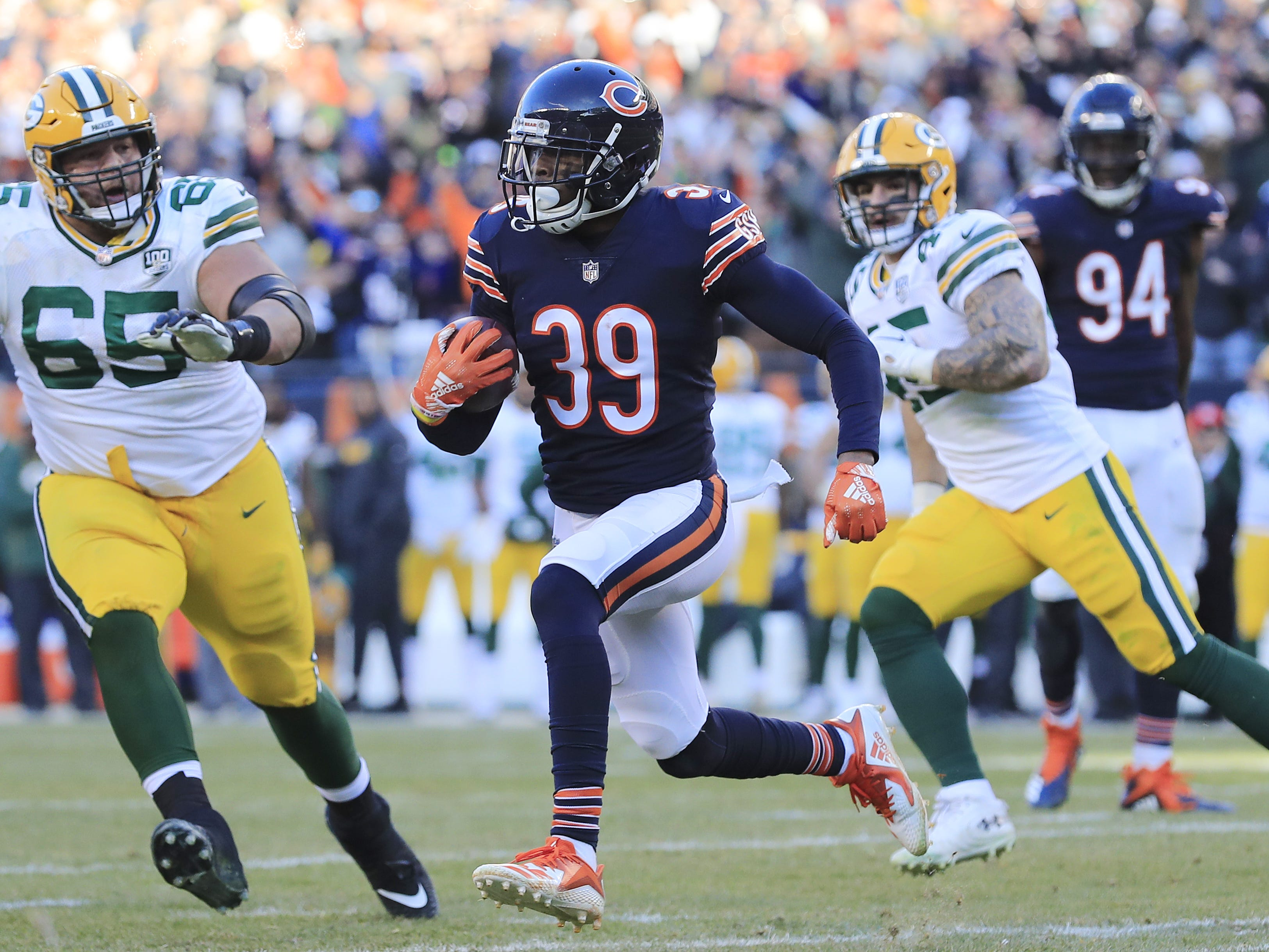Chicago Bears free safety Eddie Jackson (39) runs after an interception against the Green Bay Packers in the fourth quarter at Soldier Field on Sunday, December 16, 2018 in Chicago, Illinois. Adam Wesley/USA TODAY NETWORK-Wis