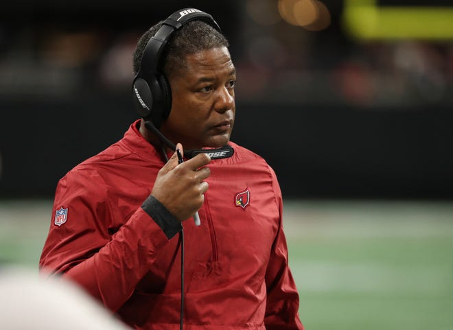 Dec 16, 2018; Atlanta, GA, USA; Arizona Cardinals head coach Steve Wilks reacts on the sideline in the second quarter against the Atlanta Falcons at Mercedes-Benz Stadium.