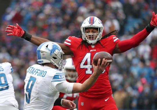 Bills linebacker Tremaine Edmunds pressures Lions quarterback Matthew Stafford.