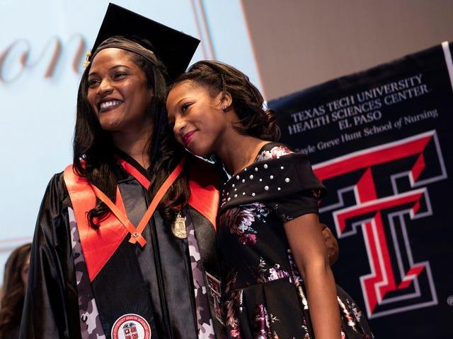 Texas Tech School Of Nursing >> Gayle Greve Hunt School Of Nursing Commencement Pinning Ceremony