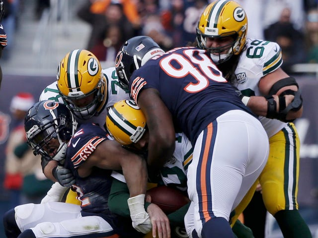 76e35a2cfec1 NFL: Chicago Bears beat the Green Bay Packers to clinch NFC North