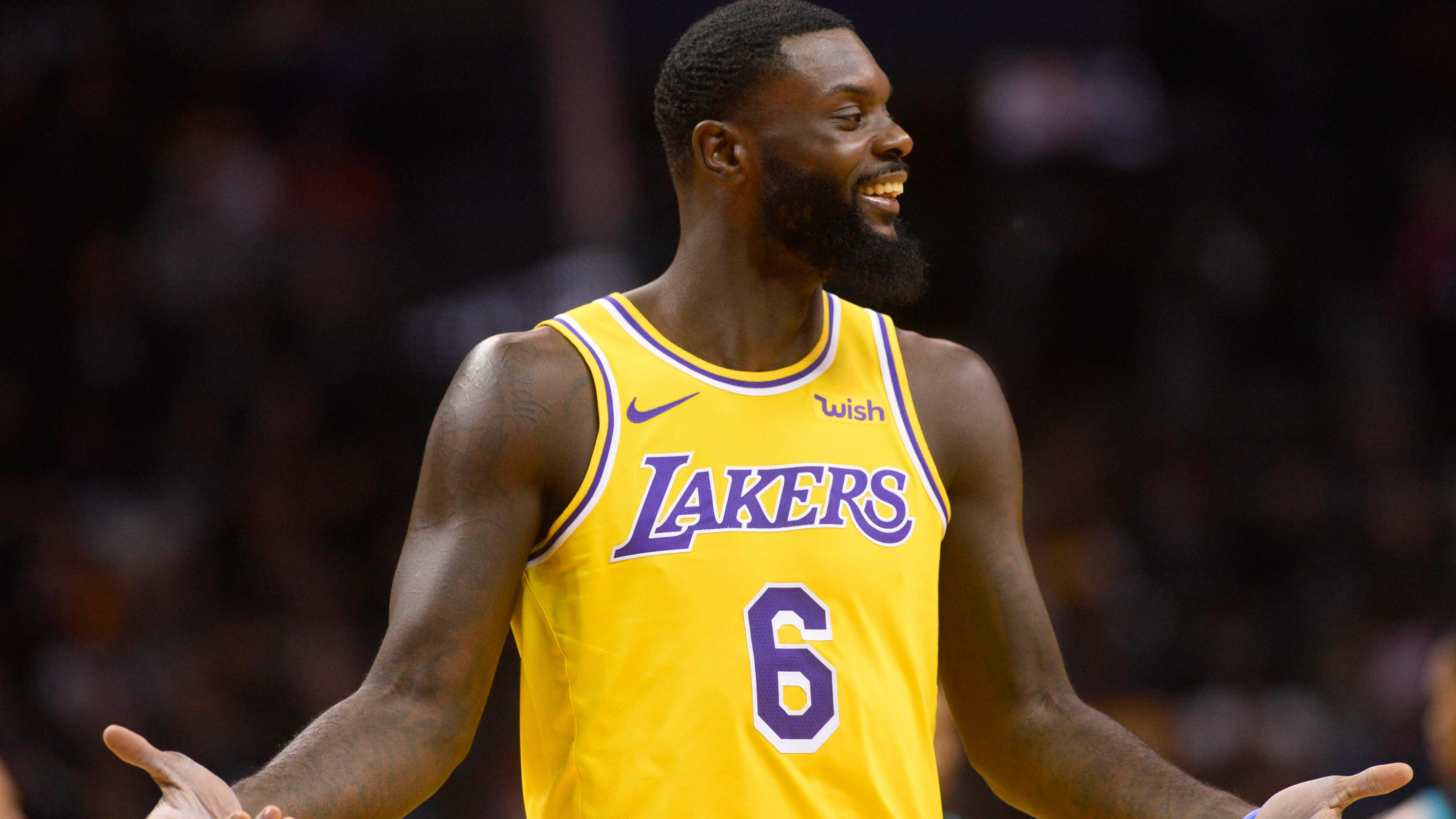 fc024a4d8 Lakers  Lance Stephenson gets technical foul for playing air guitar