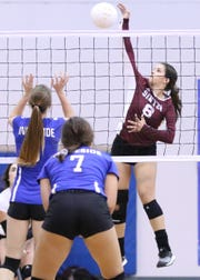 Sinton volleyball player Autumn Moses