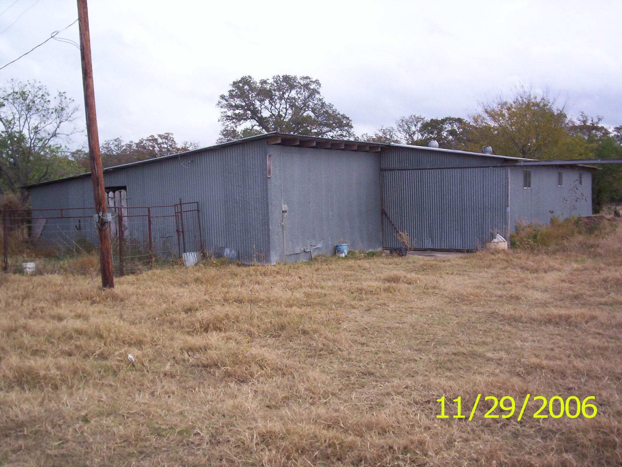 Tommy Tipton sold this nearly 102-acre property with a few farm buildings in Fayette County, Texas in January, 2018.  It has a few market value of $580,730.