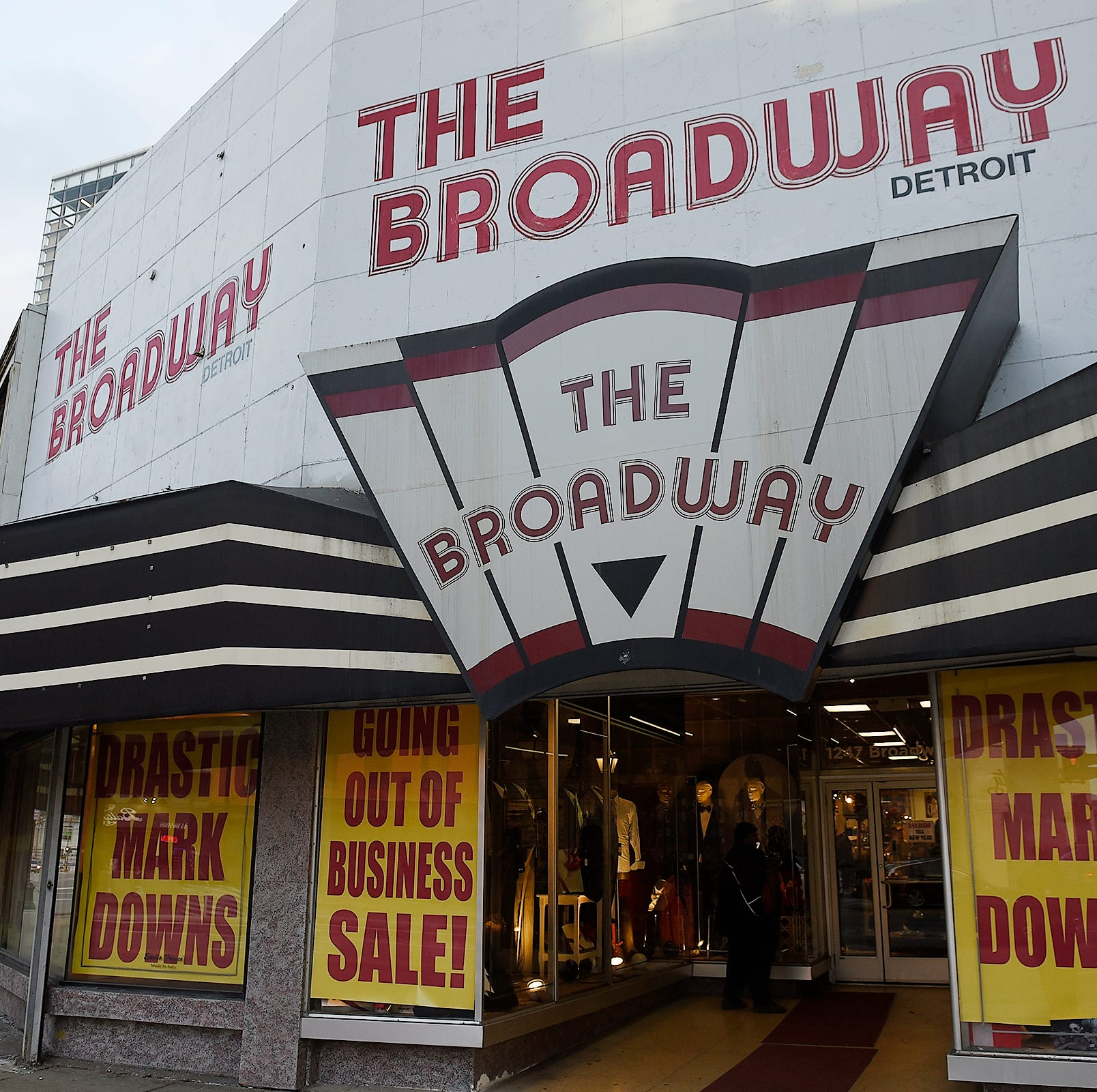 Detroit's Broadway clothing store closing in 2019