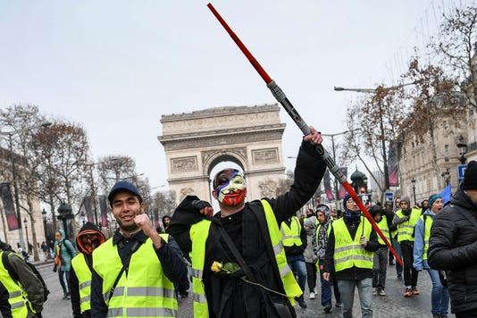 Topshot France Politics Social Demo