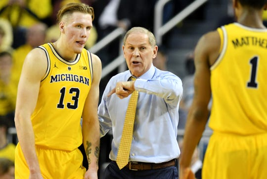 If Ignas Brazdeikis, left, stays in the NBA draft, he'd become the first one-and-done player coach John Beilein has had during his Michigan tenure.