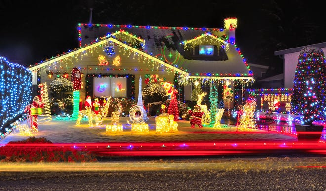 The debate between multi-colored holiday lights and white lights arises every year. (Dreamstime)