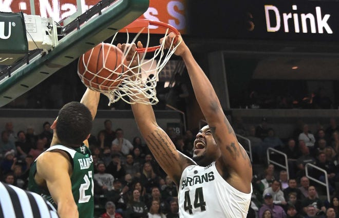 Michigan State center Nick Ward scored a career-high 28 on Sunday against Green Bay.