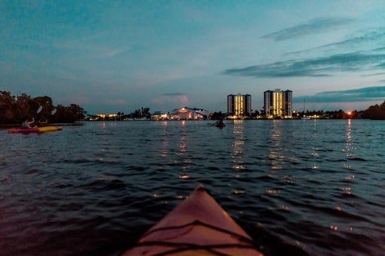 The Mound House's Full Moon Kayak Tour
