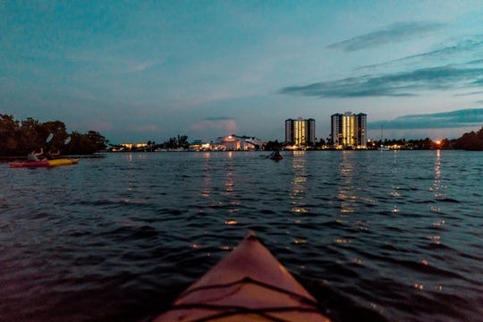 The Mound House's Full Moon Kayak Tour