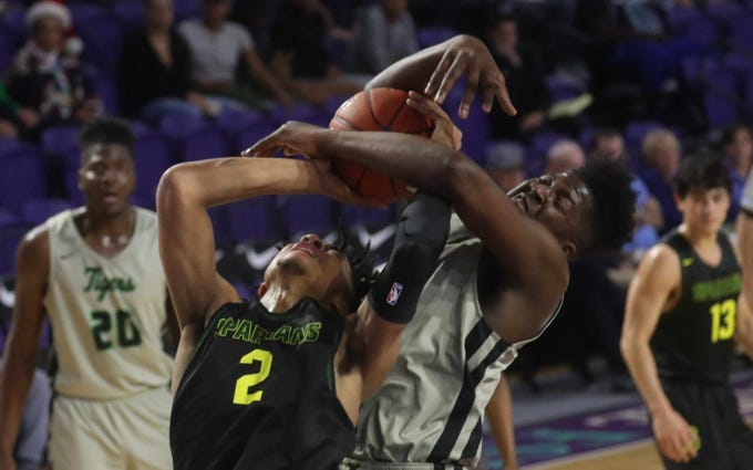 Mountain Brook High School basketball player Trendon Watford is a nice star recruit playing in the City of Palms Classic at Suncoast Credit Union Arena in Fort Myers.