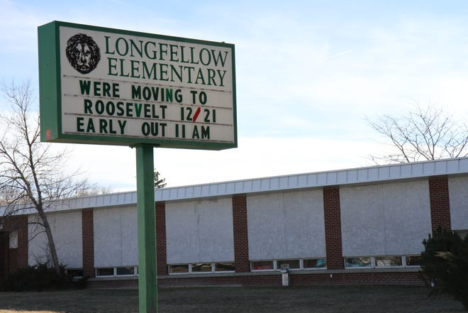 The Longfellow sixth grade Class of 1959 will join the current sixthgrade class for breakfast and other activities before the building's demolition