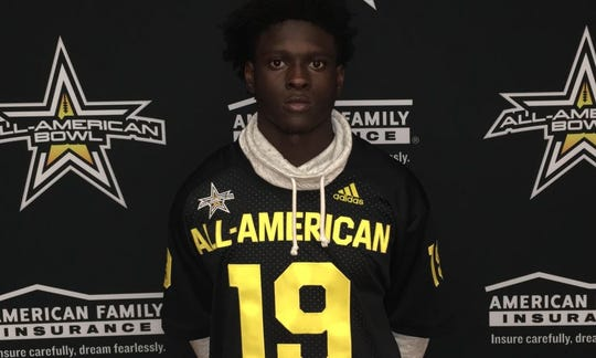 Tiawan Mullen is the second Army All-American to pick the Hoosiers in as many years.