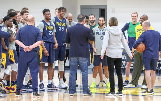 Indiana Pacers Assistant General Manager Kelly Krauskopf (middle) talks to the Pacers team and staff, alongside Pacers President of Basketball Operations Kevin Pritchard, during practice at the Indiana Pacers Training Facility at St. Vincent Center on Monday, Dec. 17, 2018.