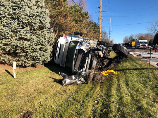 Authorities in Boone County say a 46-year-old Indianapolis man is dead after a head-on collision in rural Zionsville Sunday afternoon.