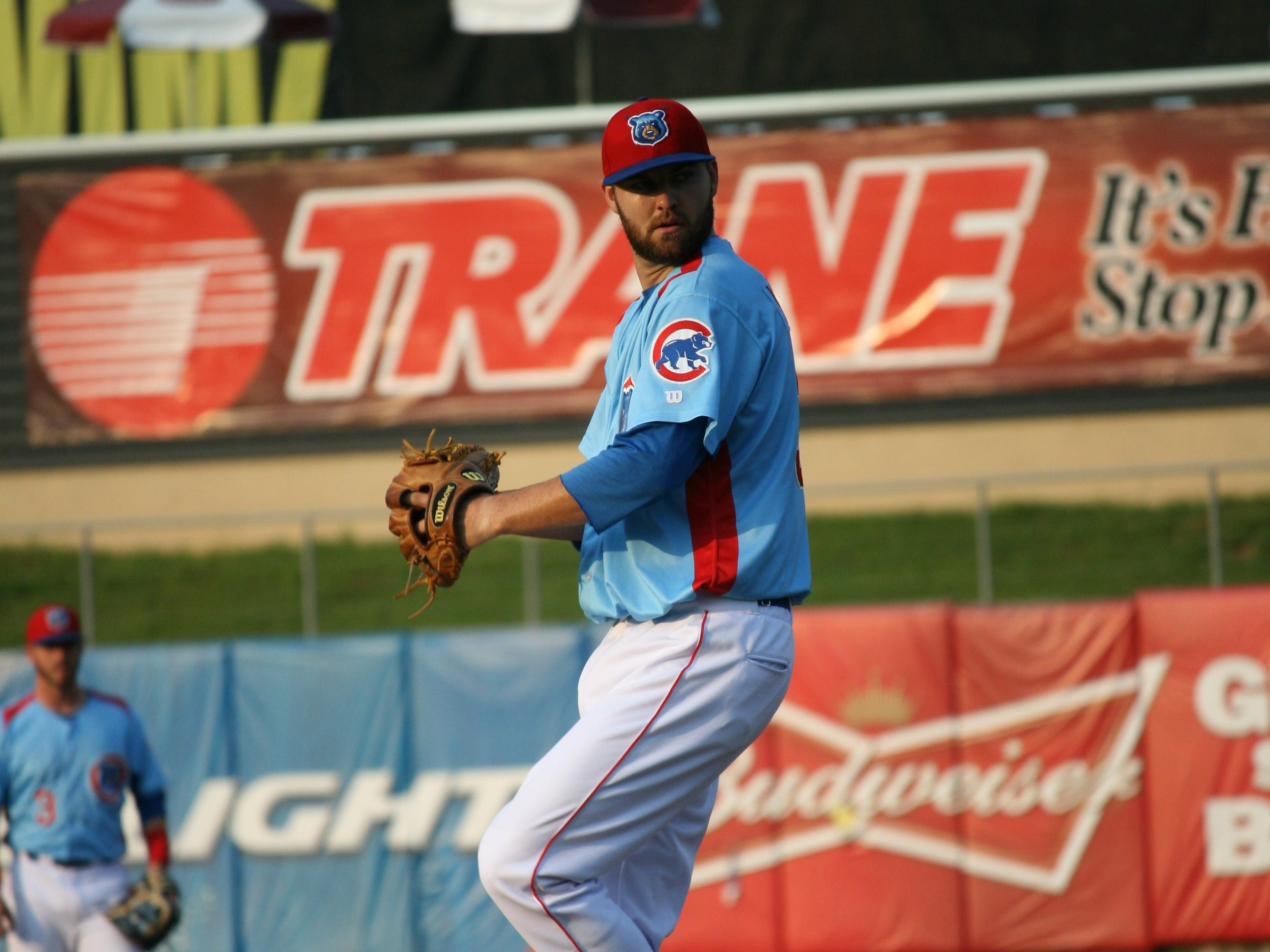 Tennessee pitcher Ryan Williams won his fifth game in August by beating Jacksonville on Monday night at Smokies Stadium.