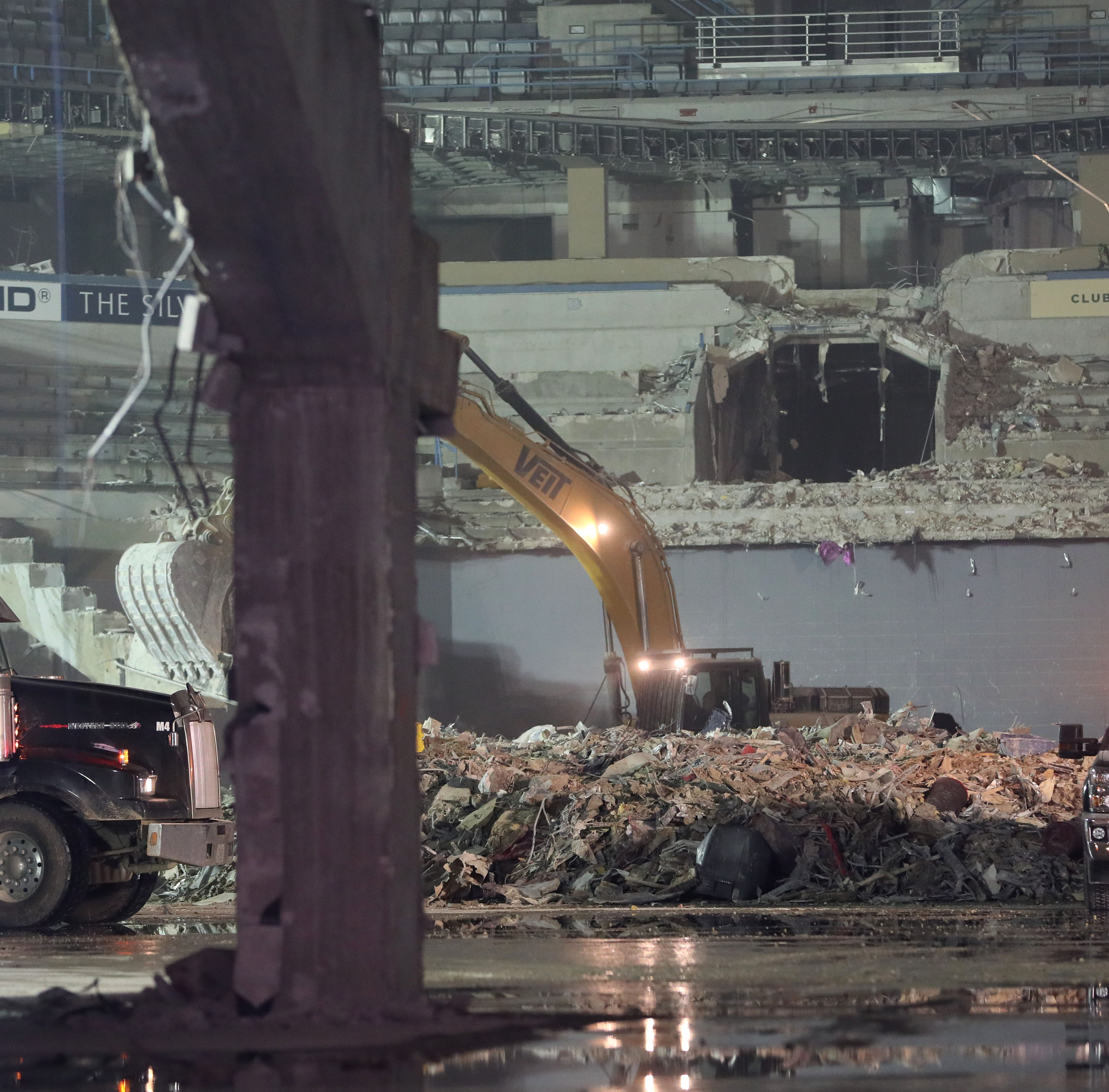 Bradley Center seating bowl reduced to rubble as Milwaukee Bucks plan redevelopment of old arena site
