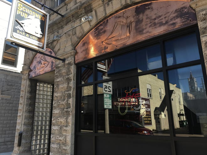 Schooner Pub,  114 N. Franklin St.
