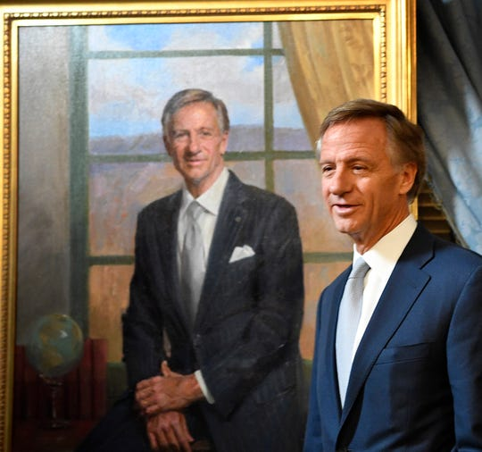 Gov. Bill Haslam speaks as his official portrait is unveiled Dec. 17, 2018.