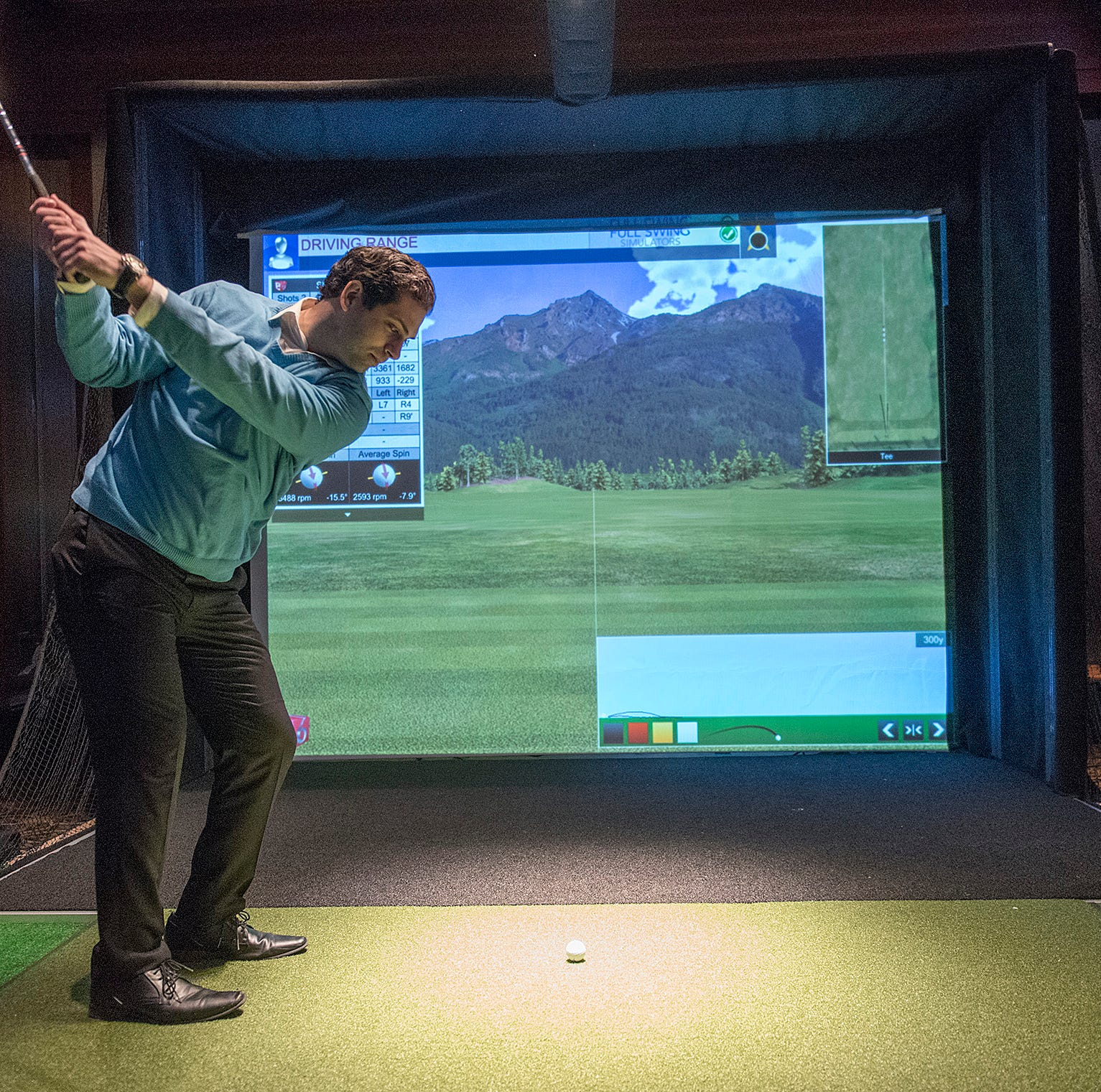 Burton Manor takes swing with golf, multi-game simulators