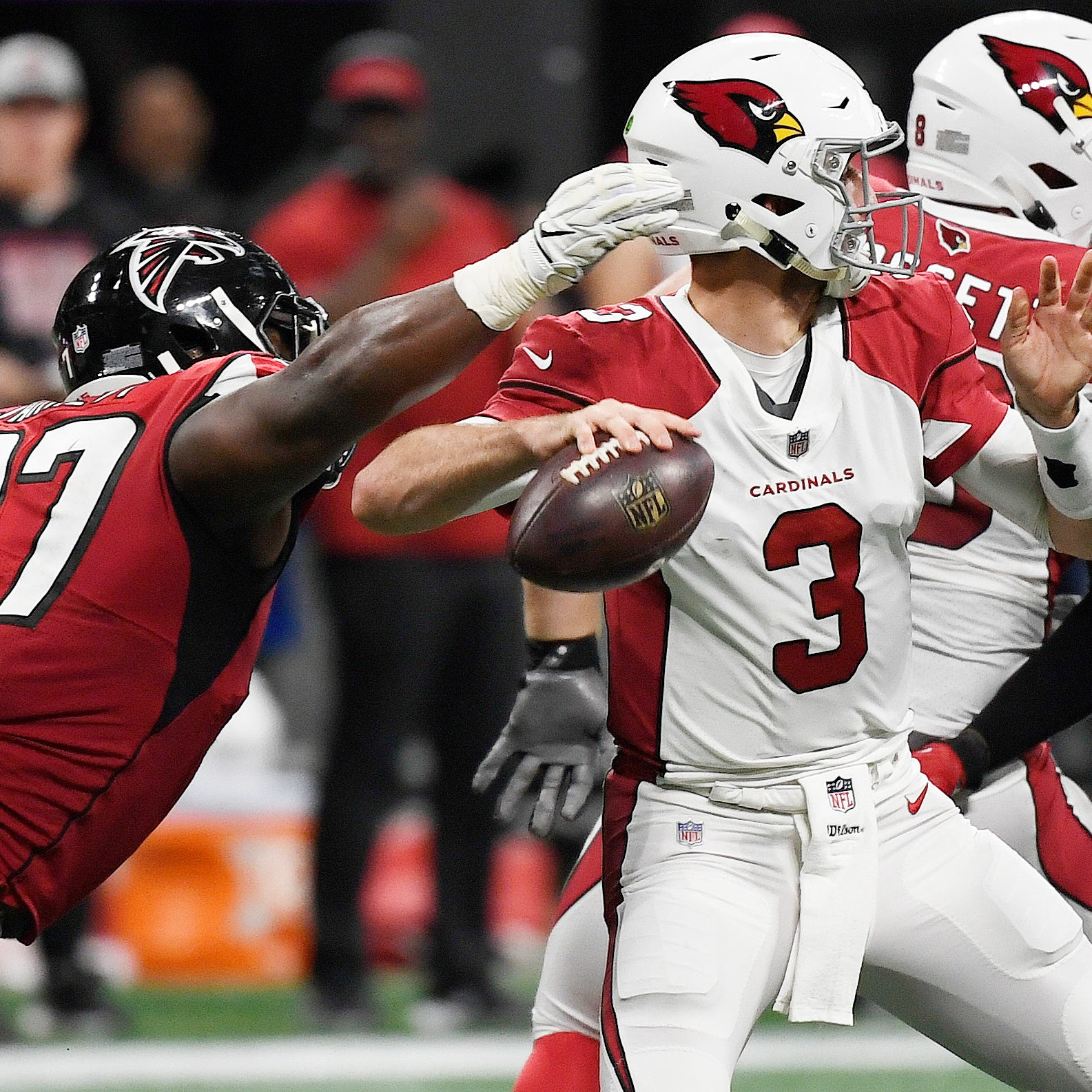 Cardinals left with no choice but to pull Josh Rosen as Falcons run away with rout