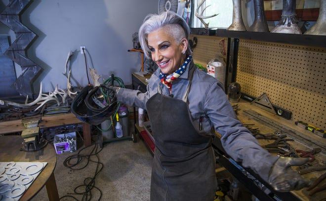 Brenda Warner works in her home studio in Scottsdale on Dec. 6, 2018.