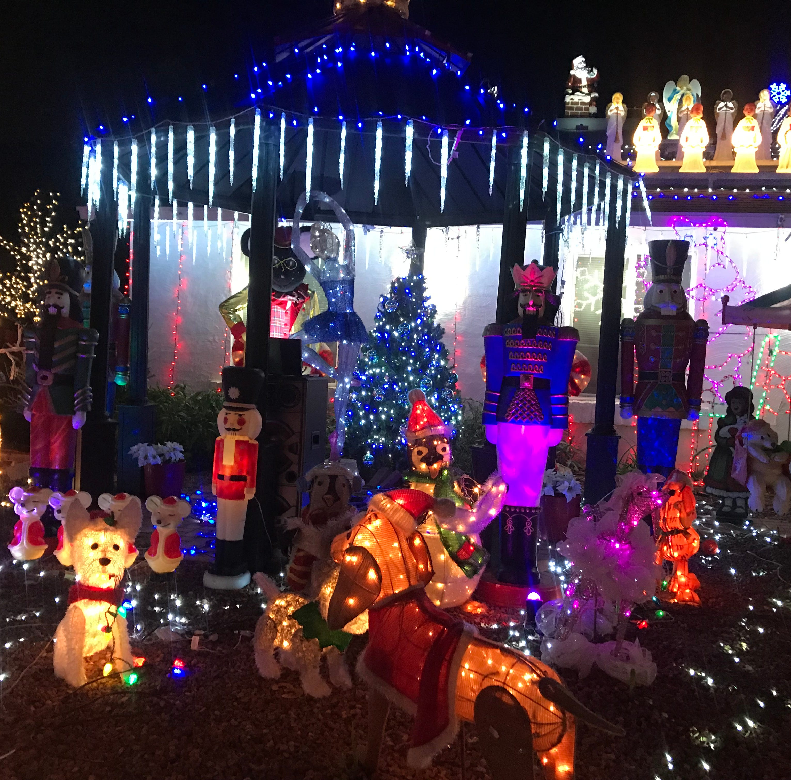 9 residential light displays not to miss this holiday season