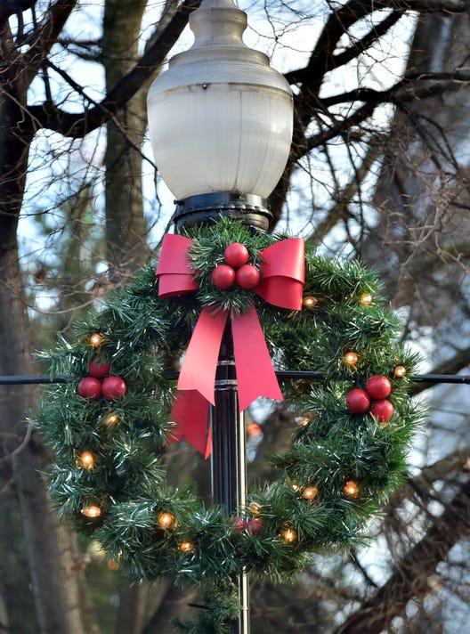 Cpo Mwd 121718 Christmas Scenes