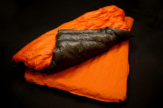 A sleeping quilt allows for tossing and turning during the night.
