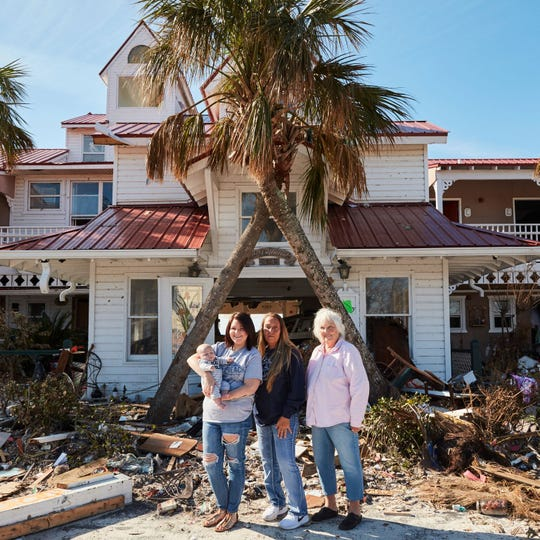 Peggy, Shawna, Kenzie & Maverick from Driftwood Inn