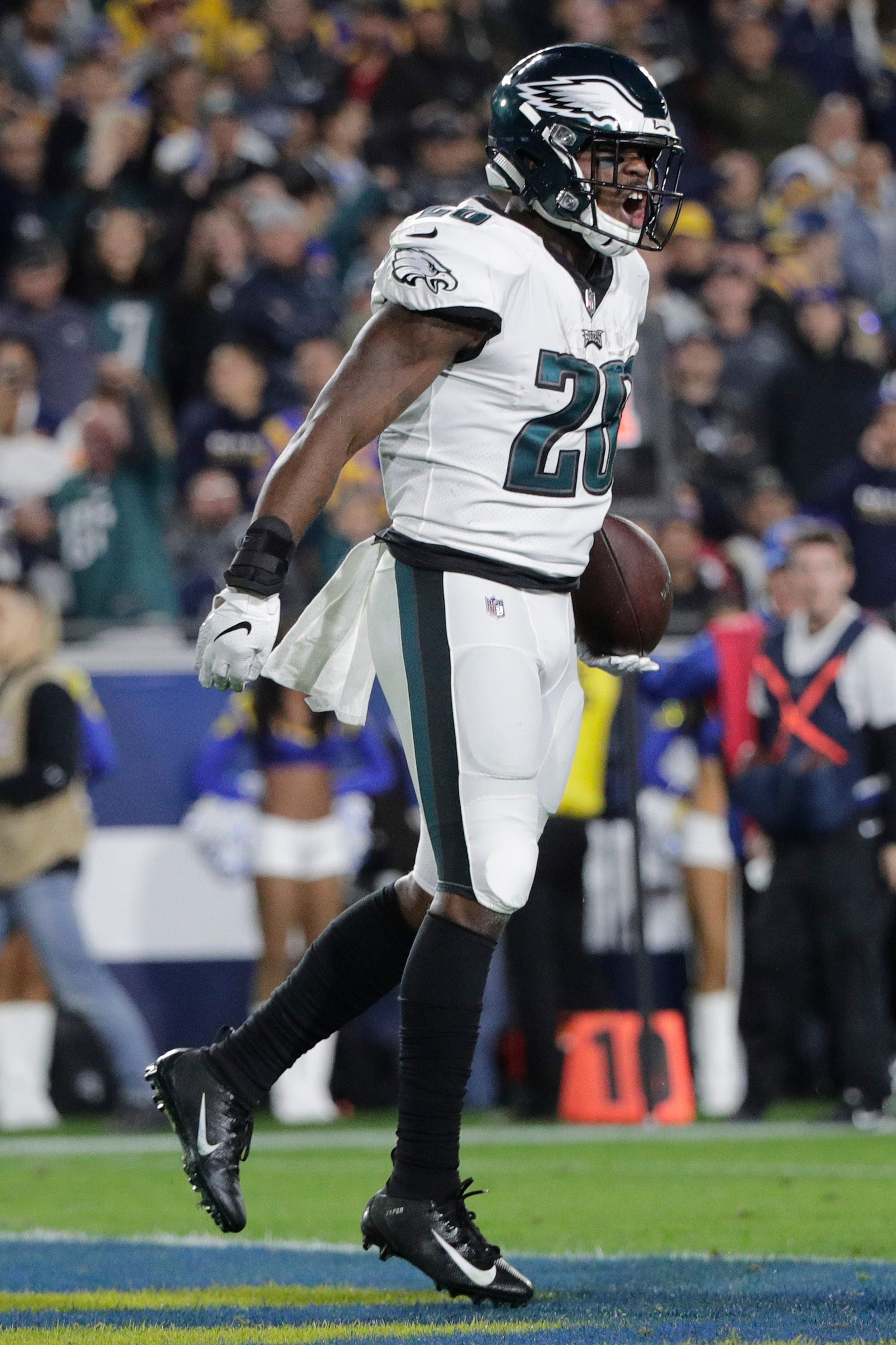 Eagles' Super Bowl run fueled Wendell Smallwood this season, but in a different way