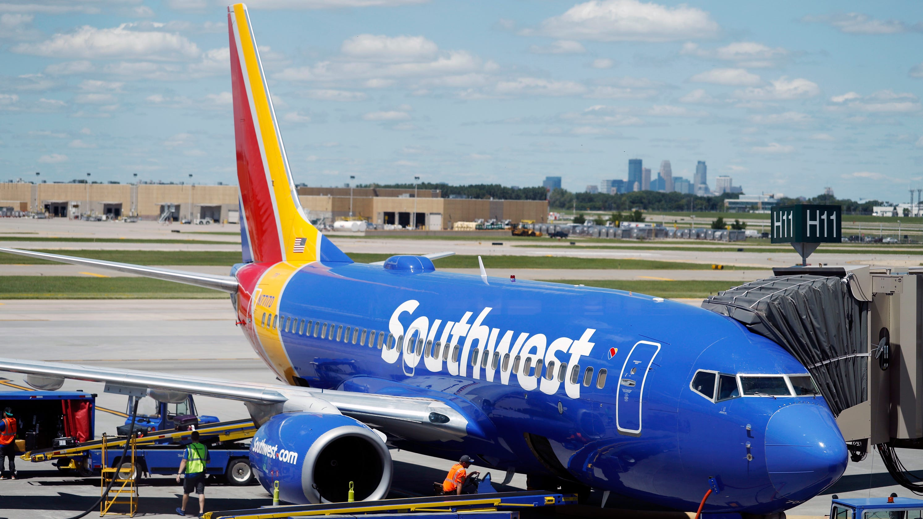 Handicapped man had to pre-board flight alone without wife